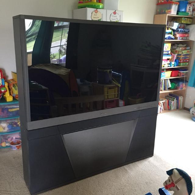 find more mitsubishi 65 inch rear projection tv for sale at up to 90