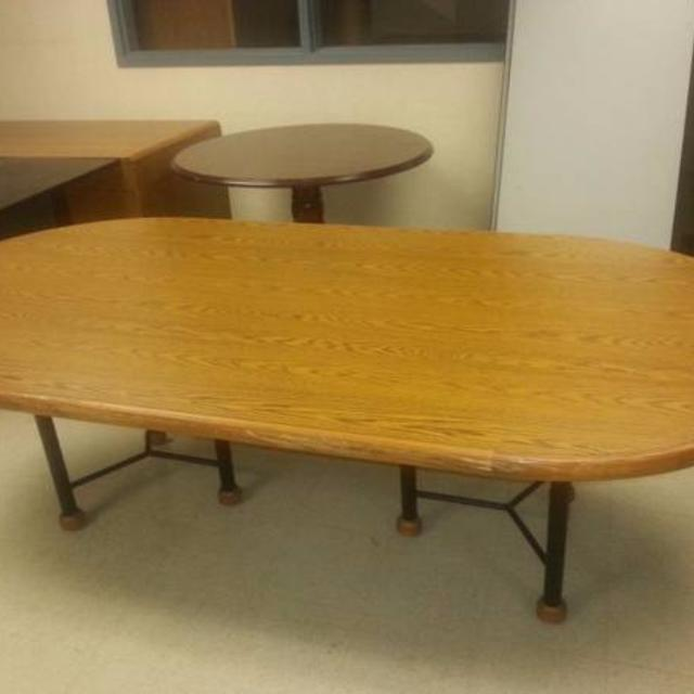 Find More Heavy Oak Ft Oval Conference Table High End Leather - Oval conference table for 8