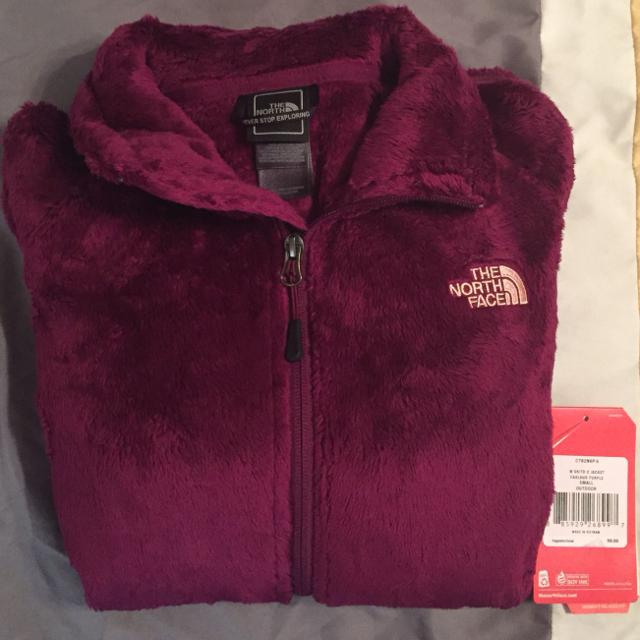 657a3dc92 Brand New With Tags Women's Northface Osito Jackets (3) Plum Size Small