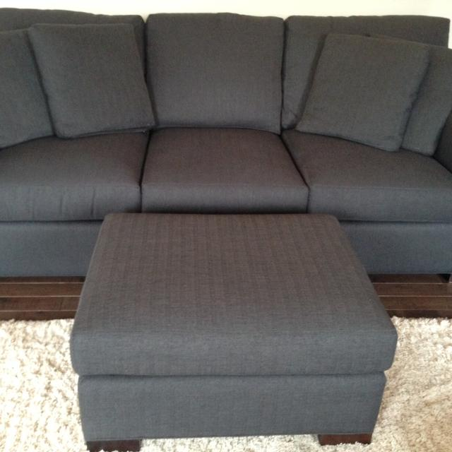 Crate And Barrel Axis Couch Matching Ottoman