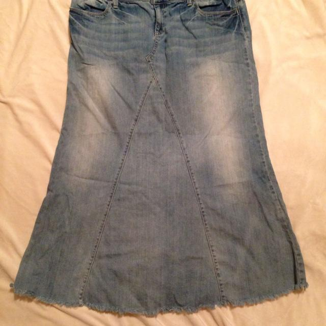 bc1dd77d30 Find more Maurices Long Denim Skirt 15/16 for sale at up to 90% off