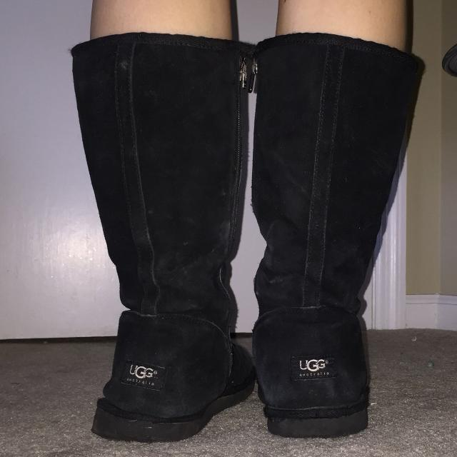 7a10b043383 Tall black Ugg boots with zipper size 10. $40
