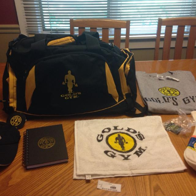 d7ebf6bfcf85 Find more Golds Gym Goodies! Nwt! Duffle Bag