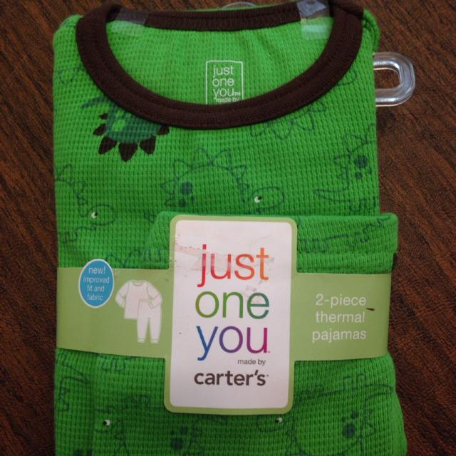 838c05bcff72 Find more Carter s Just One You To Pieces Thermal Pajamas Size 2t 2 ...