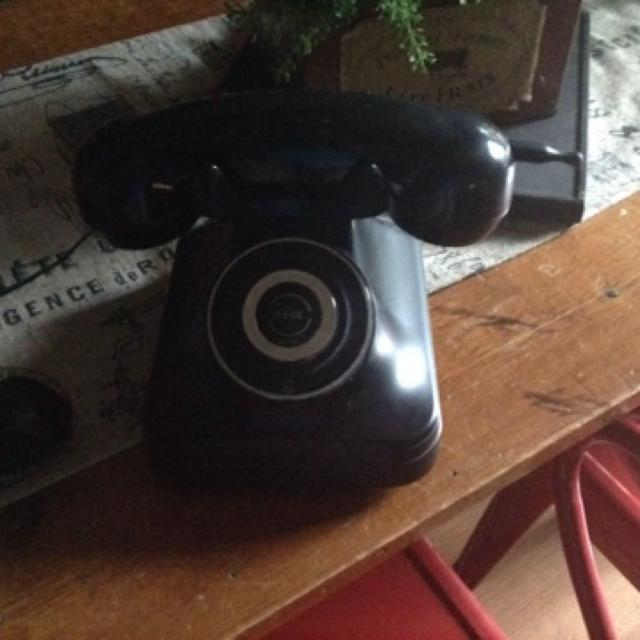 Retro Looking Pottery Barn Grand Cordless Phone In Good Condition