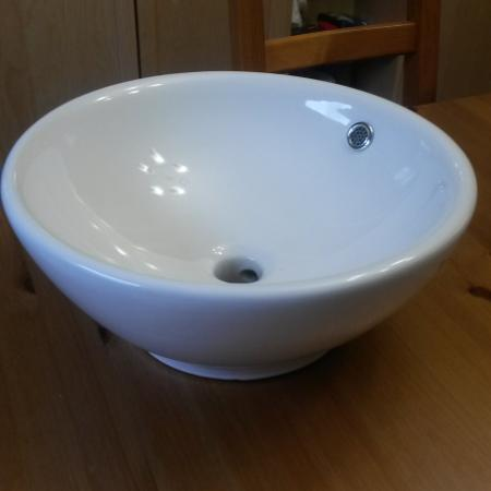 Basin sink and faucet for sale  Canada