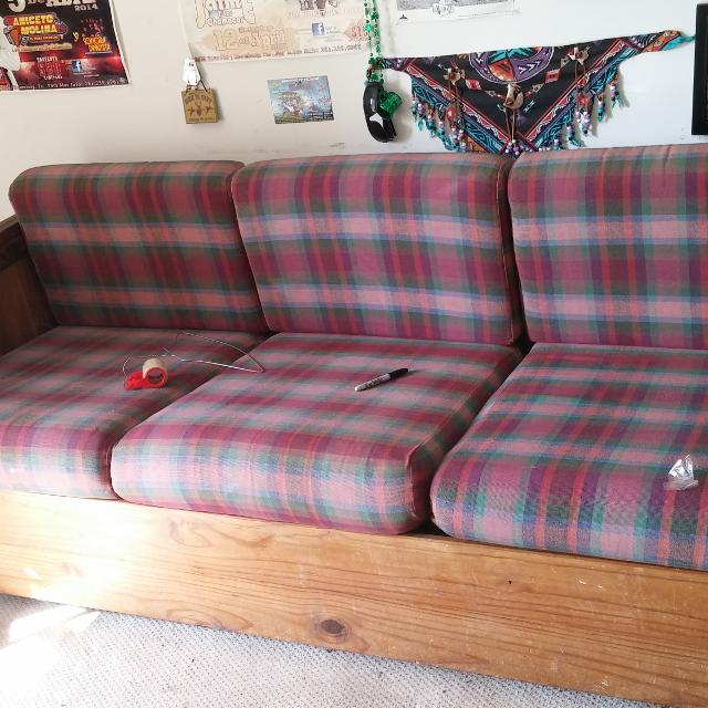 This End Up Sofa Asking 100 Obo