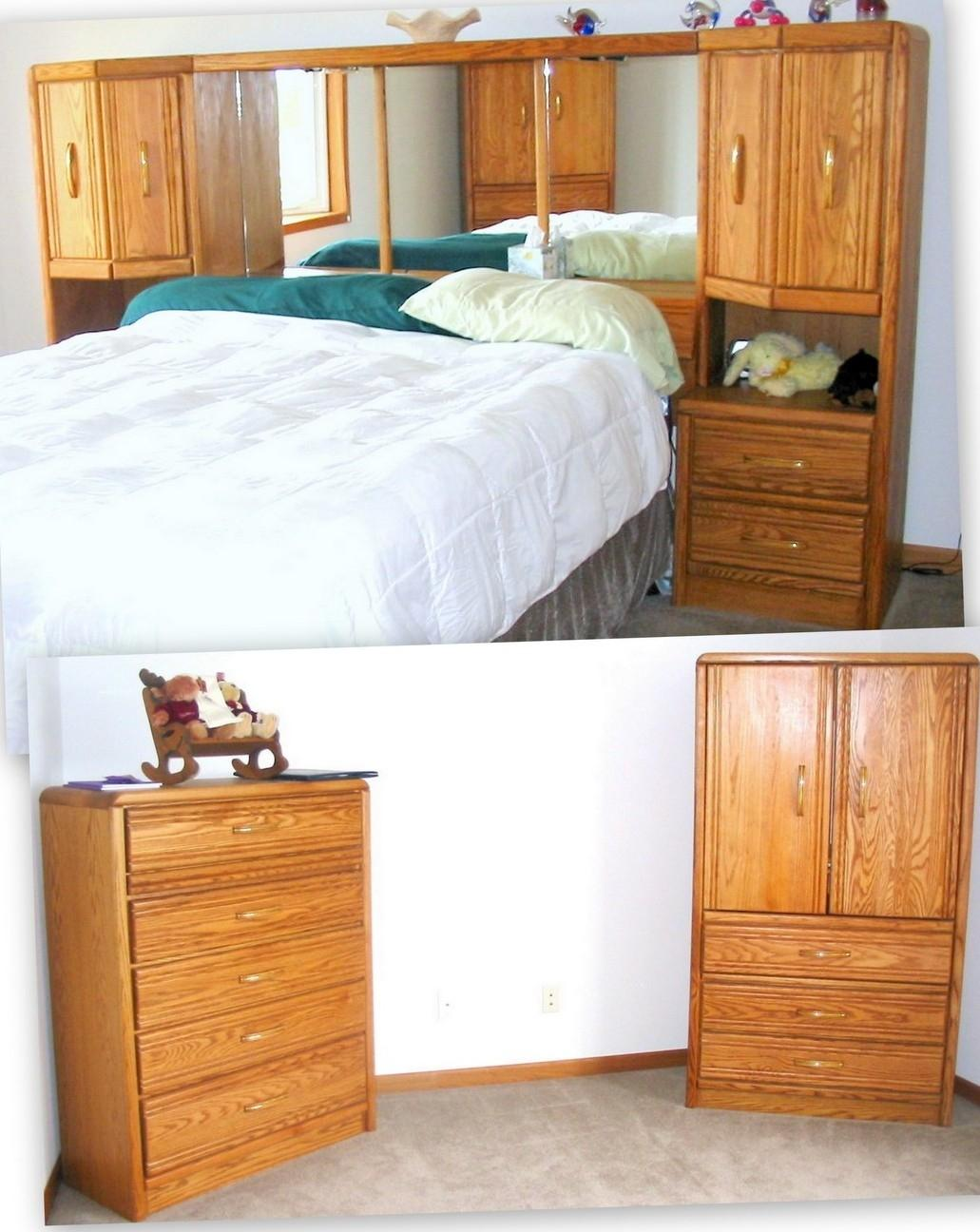 Find More Solid Wood Oak 3pc Queen Bedroom Set 2 Tower Bed Tv Armoire Dresser For Sale At Up