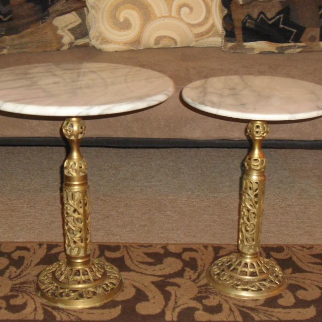 Marble Top Brass Coffee Table.Set Of Hollywood Regency Vintage Marble Top Brass Ornate Base Side Tables For Sale