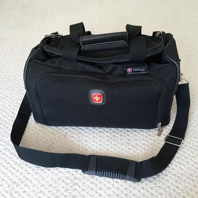 Find more Swiss Gear Duffle Bag - Like New for sale at up to 90% off 9ad5ce957500