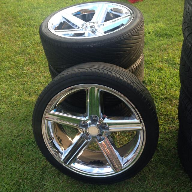 Find More 22 Inch Iroc Rims And Tires 5 Lug 26535r22 For Sale At