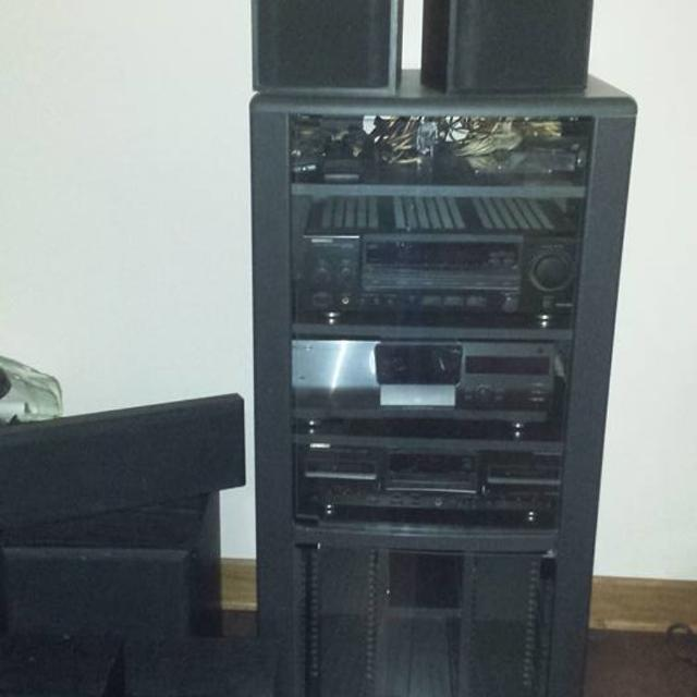 Kenwood Stereo System With Speakers Cabinet