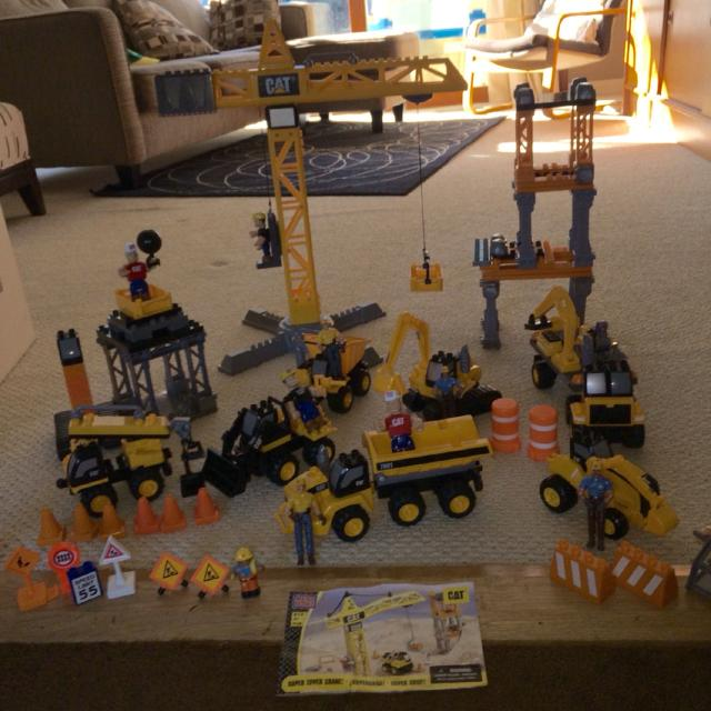 find more mega bloks super tower crane construction set perfect for your cat obsessed toddler. Black Bedroom Furniture Sets. Home Design Ideas