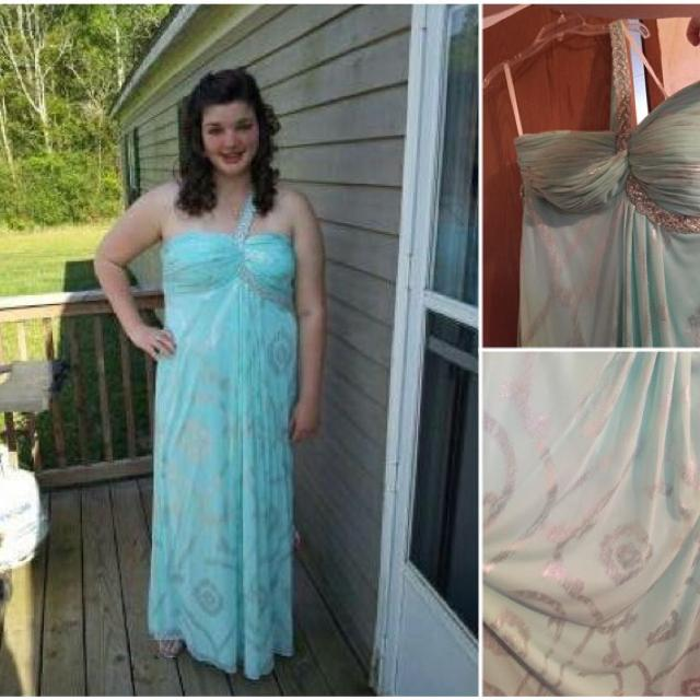 Best Dillard\'s Prom Dress for sale in Hurley, Mississippi for 2018