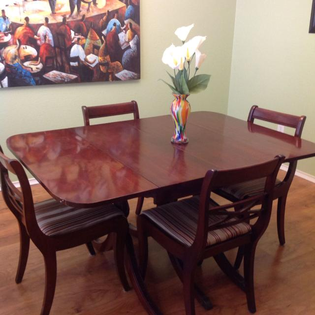 Antique Duncan Phyfe table and 6 chairs seats 4 to 12 with leaves. Only $225 - Best Antique Duncan Phyfe Table And 6 Chairs Seats 4 To 12 With