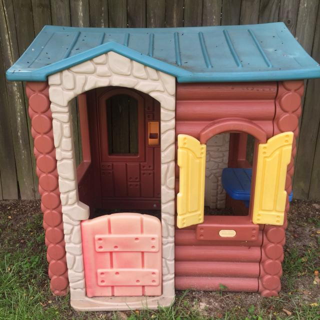 Find More Used Little Tikes Log Cabin Playhouse 25 Meet Pickup
