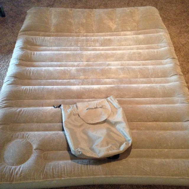 eddie bauer air mattress Find more Eddie Bauer Insta bed Queen Air Mattress. Comes With  eddie bauer air mattress