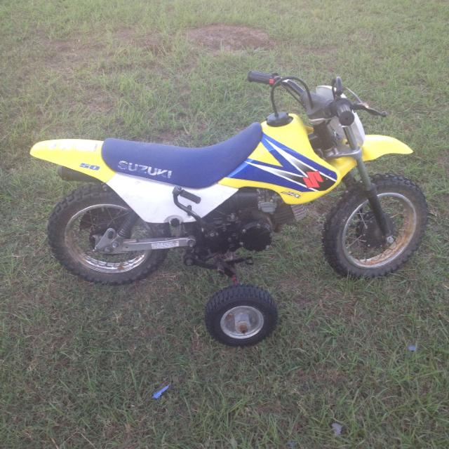 Find more 2006 Suzuki Jr 50 Dirt Bike. It Comes With Removable ...