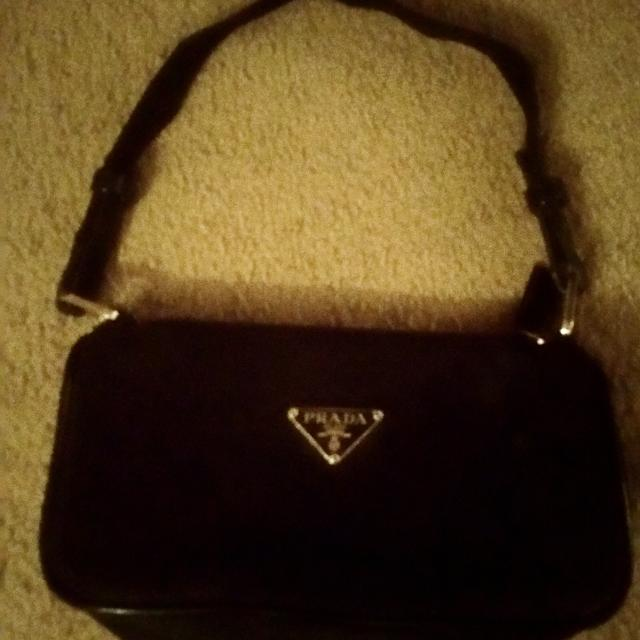 6497f53924e87 Find more Prada Milano Dal 1913 Auth. Hand Bag for sale at up to 90% off