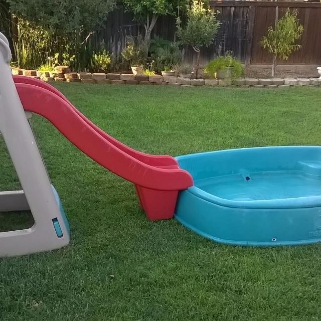 find more step 2 big splash center 25 for sale at up to 90 off