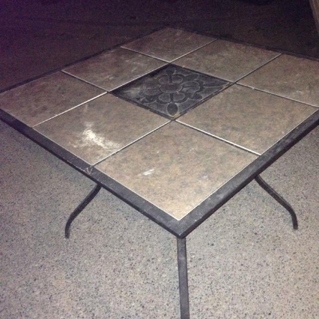 Patio Table With Removable Tiles No Holds Quick Pick Up