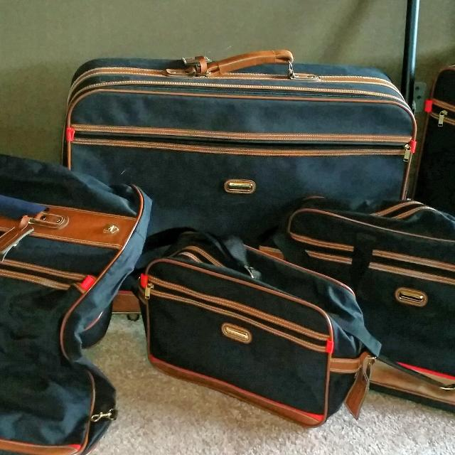Find more 6 Piece Jaguar Luggage Set With Wheels for sale at up to ... 2c2cfdd06