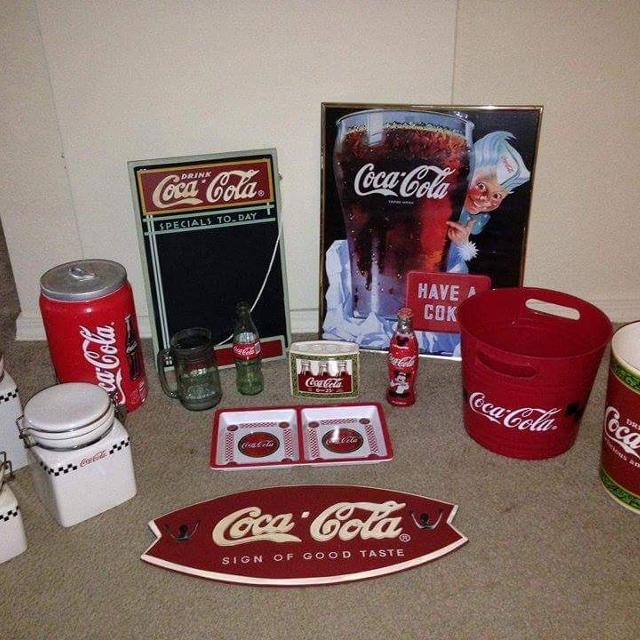 Coca Cola Bathroom Decor.Best Coca Cola Bathroom Set For Sale In Amarillo Texas For 2019