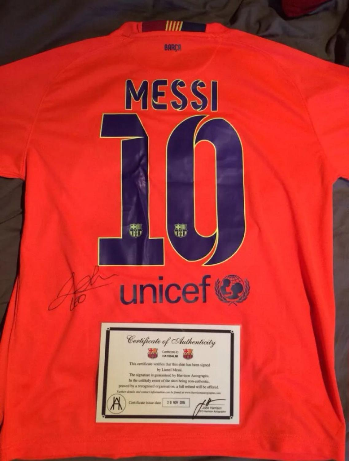 new arrival 106d0 0ddda REDUCED! REDUCED! TO SELL NOW!and authentic! MESSI JERSEY