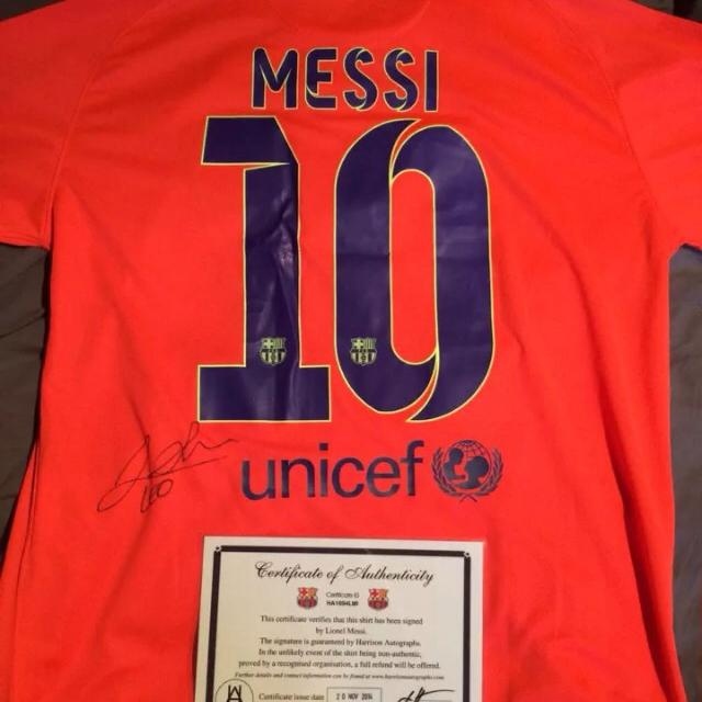 new arrival bddac 819c6 REDUCED! REDUCED! TO SELL NOW!and authentic! MESSI JERSEY