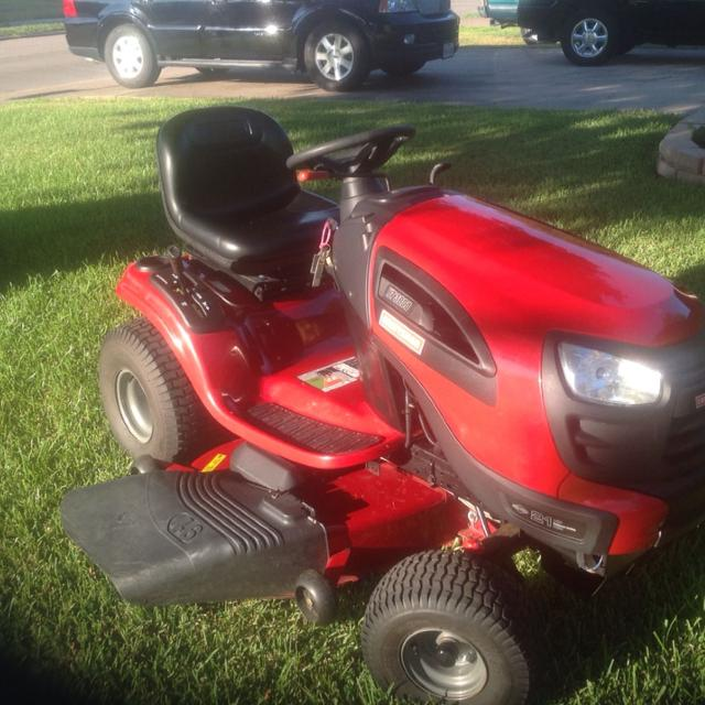 Craftsman lawn tractor YT 3000 original cost of unit 1549  00