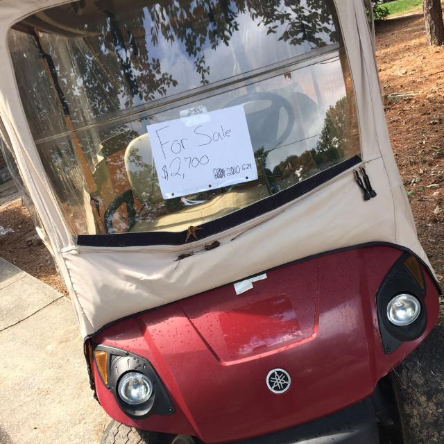 2010 Yamaha golfcart for sale in peachtree city ga brand new with new  batteries  $2700  Cover included