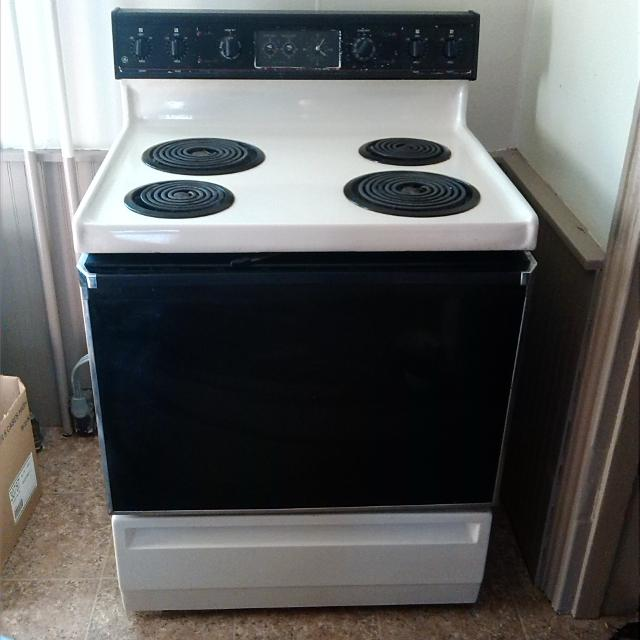 Old Electric Oven ~ Find more ge electric stove good shape don t no how old