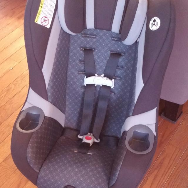 Barely Used Graco My Ride 65 Convertible Car Seat