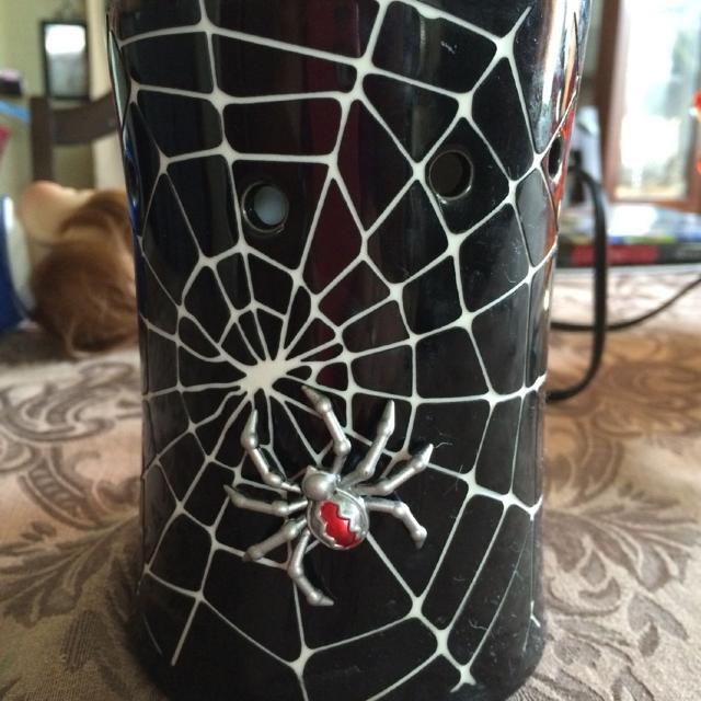 Find More Scentsy Warmer Spider For Halloween Needs Light Bulb 2500