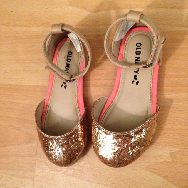 9739742e5266 Find more Rose Gold Glitter Toe Dress Shoes Toddler Size 7 for sale ...