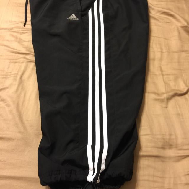 d26e452db201 Best Adidas Capri Length Wind Pants (w calf-strings) Size-xl for sale in  Metairie