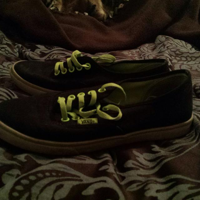 f5f84a15e8 Find more Black Vans With Green Laces. for sale at up to 90% off