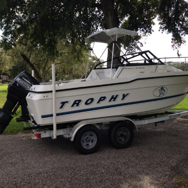 1997 Bayliner Trophy 20 ft with cuddy cab  Comes with 1997 Force 120  outboard motor  $8000 OBO  Just reduced asking price for quick sale