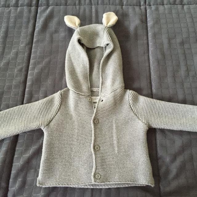 4cfce0d4e Find more Unisex Baby Gap Sweater With Bunny Ears for sale at up to ...