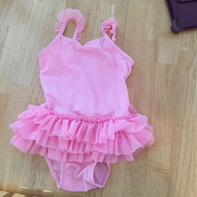b179d4d324ad4 Find more 3t Old Navy Tutu Bathing Suit for sale at up to 90% off