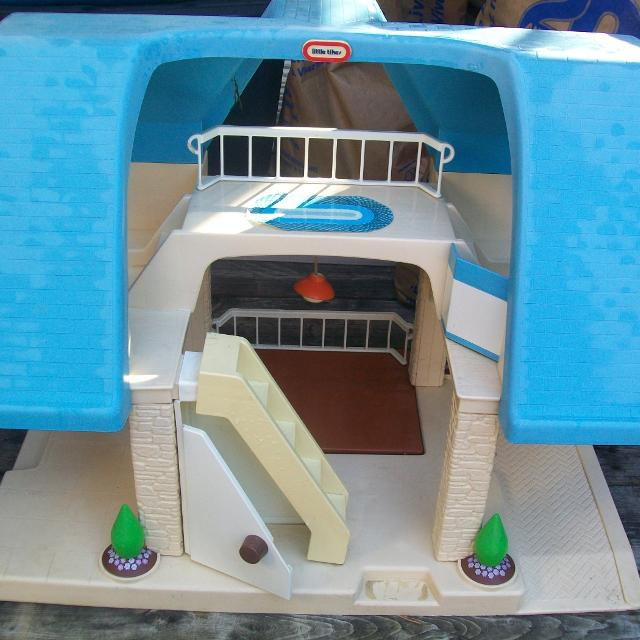 Find More Vintage Little Tikes Dollhouse With Blue Roof
