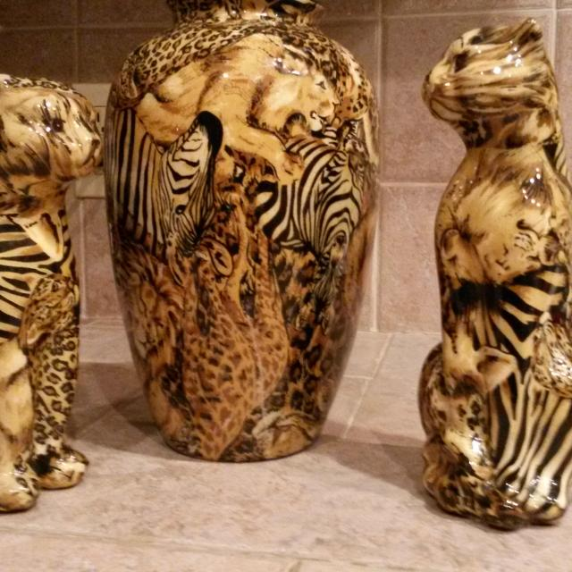 Find More Animal Print Vase Two Lion Cubs Glass With Various