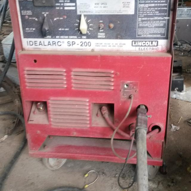 Best Lincoln Idealarc Sp 200 230v Mig Welder For Sale In Brazoria County Texas For 2020