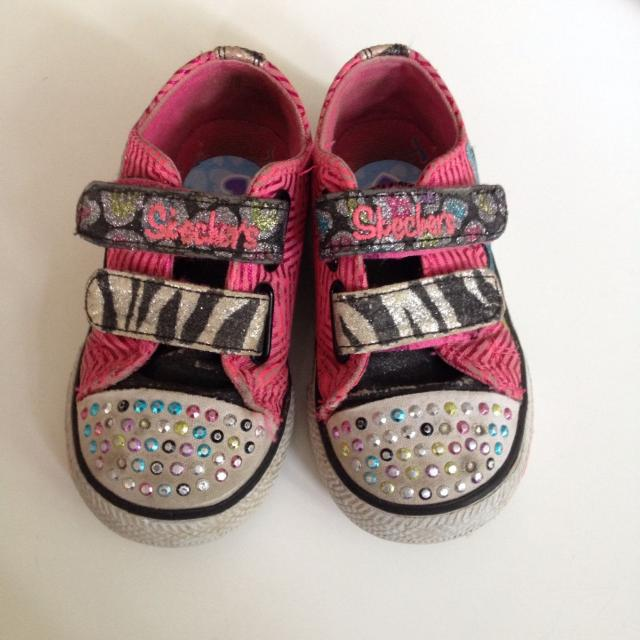 abf6df7ce397 Find more Sketchers Pink Bedazzled Shoes With Light Up Soles (one ...