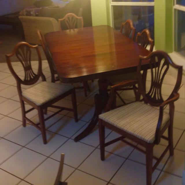 Antique Mahogany Dining Table with Sleeve. Includes 6 Chairs. 40 to 50  years old - Find More Antique Mahogany Dining Table With Sleeve. Includes 6