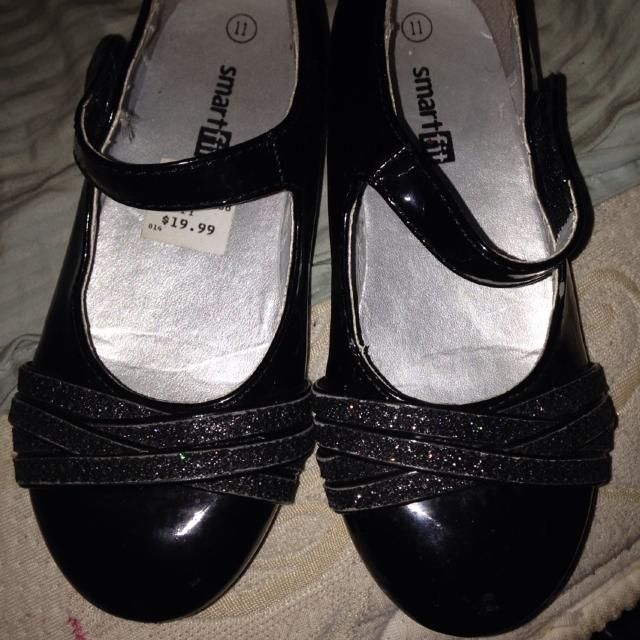 5835ca4c5485 Best Reduced  Little Girls Dress Shoes Size 11 From Payless You Can See The  Original Sticker Price Is Still In Them