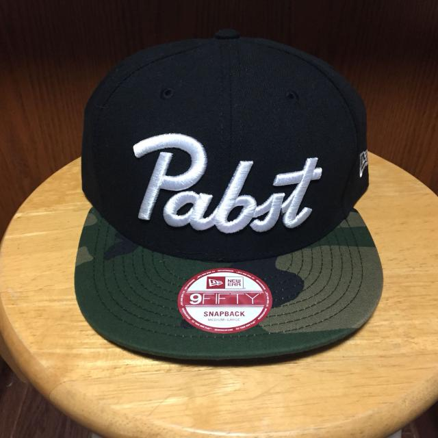 Find more Bnwt  Pabst Blue Ribbon Snapback Hat for sale at up to 90% off b152fb9e985