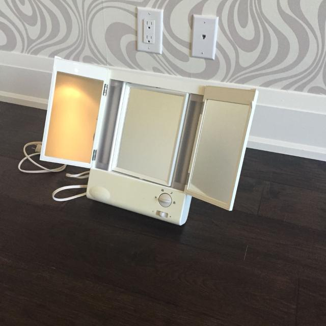Find More Remington True To Light Light Up Makeup Mirror For Sale At