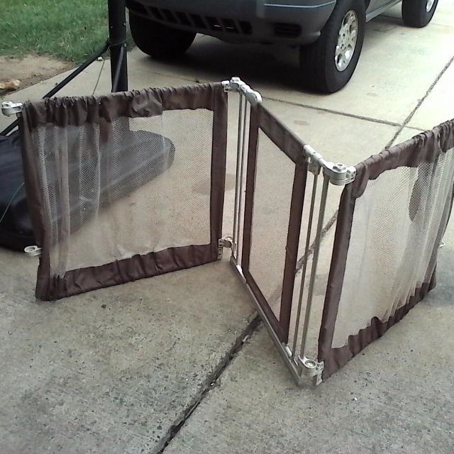 best trifold baby gate for sale in charlotte north carolina for 2018