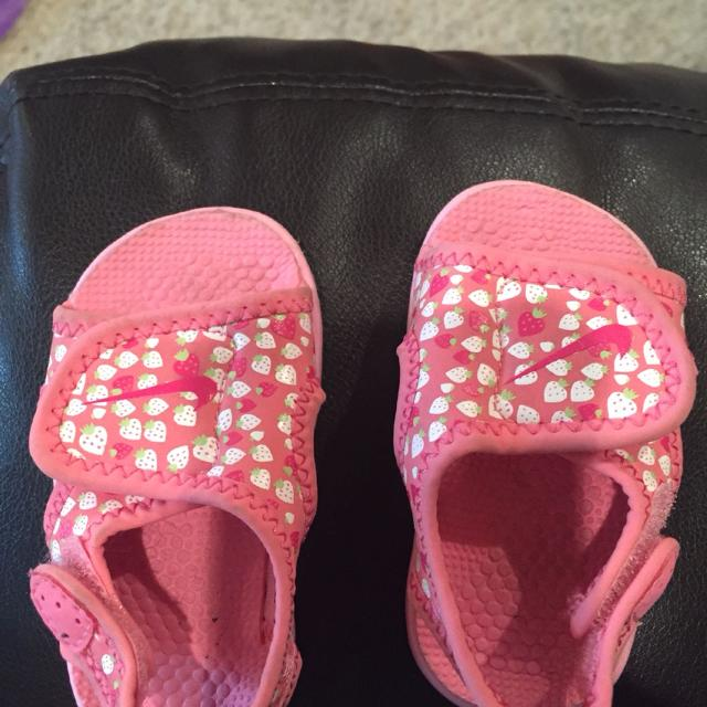 pretty nice c0457 ca363 Best Baby Girl Nike Sandals. Size 2.  5. Durant for sale in Durant,  Oklahoma for 2019
